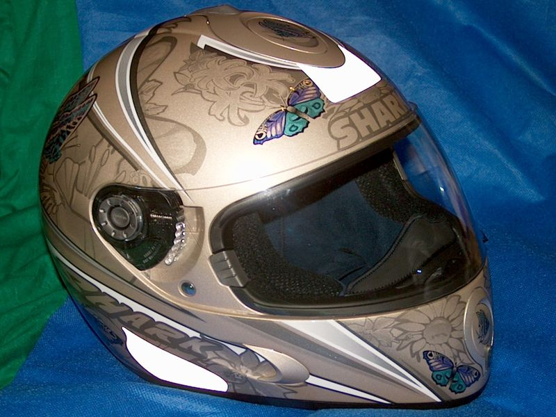 sticker casque moto